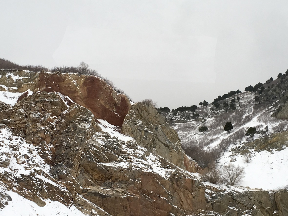 utah-mt-drive-red-vs-grey