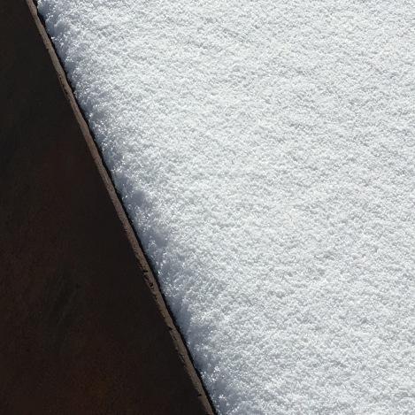 utah-snow-close-up-metal