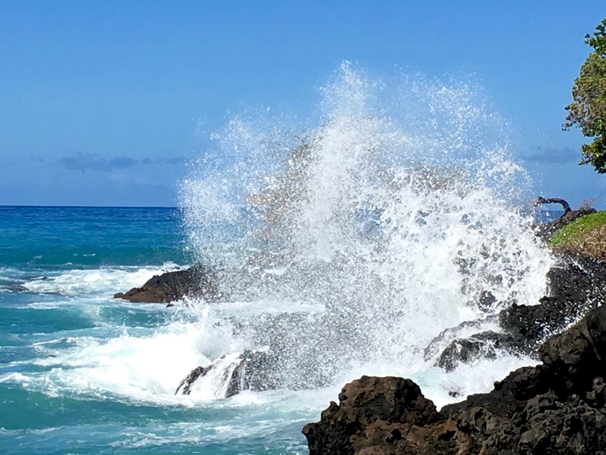 hawaii-wavecrash-3